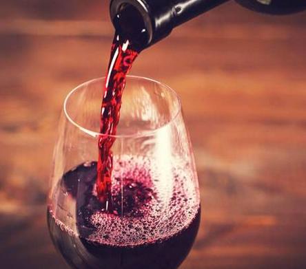 鹿跃酒庄葡萄酒什么特点?